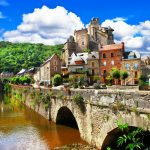 French tourism revival expected