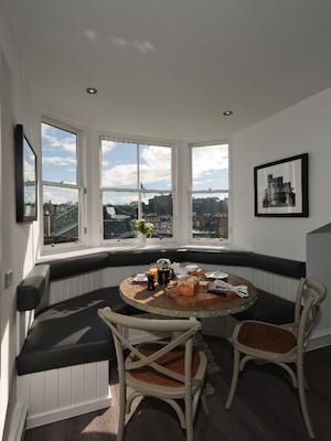 Apple Apartments Edinburgh Dining
