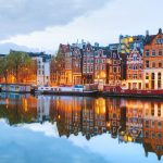 20,000 Airbnb hosts must get tourist licences or stop operating in Amsterdam