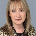 Furnished Quarters' Doris Kampf awarded Salesperson of the Year Award from Graebel Companies
